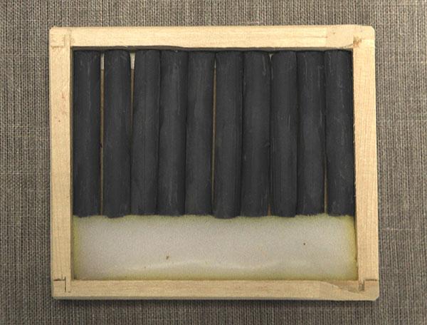 Соус серый охристый в деревянных пеналах (10 кар) border=